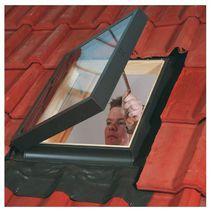 Fen tre de toit et lucarnes de toit fen tres lapeyre - Fenetre de toit lapeyre ...