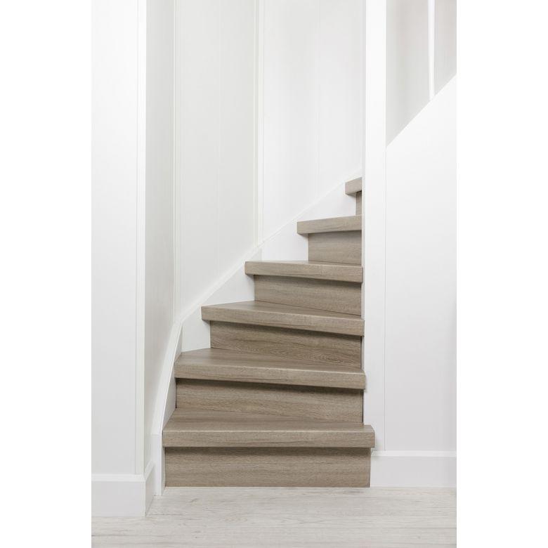 nez de marche et profil en alumium escaliers lapeyre. Black Bedroom Furniture Sets. Home Design Ideas
