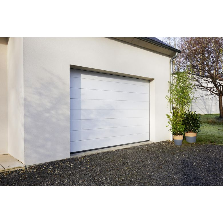 Porte de garage oregon sectionnelle en kit motoris e ext rieur - Porte garage sectionnelle motorisee ...