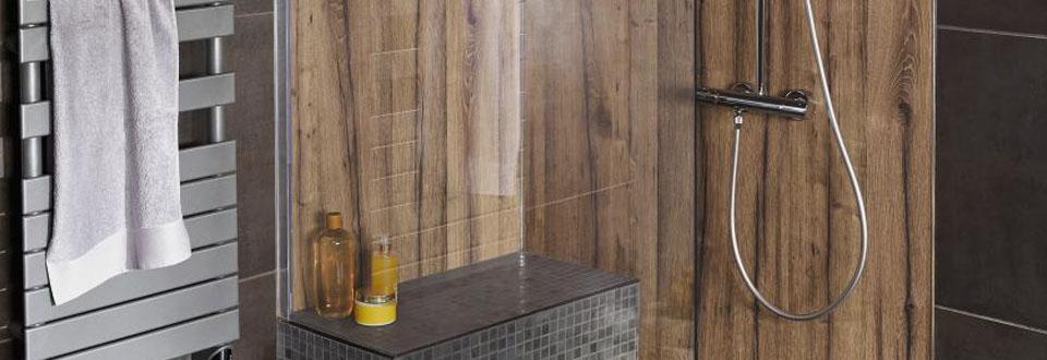 les solutions de douche sur mesure. Black Bedroom Furniture Sets. Home Design Ideas