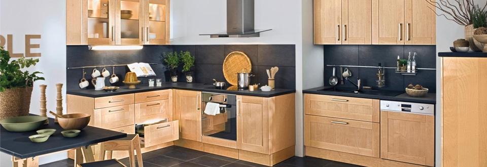 Les meubles de cuisine en bois for Plan de travail cuisine bois brut
