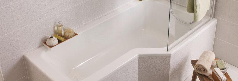 Une salle de bain qui permet de concilier bain et douche for Douche lapeyre salle bains