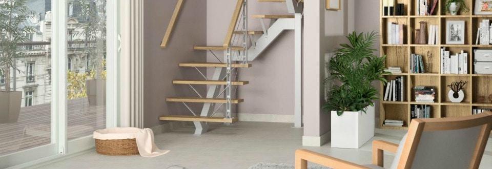 Aménager un placard sous escaliers Déclic