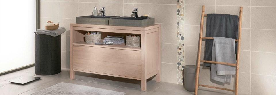 Exceptionnel Une salle de bain adaptée à la venue de bébé FA99