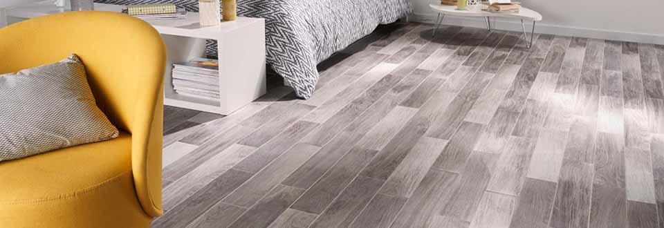 quand le carrelage imite le parquet. Black Bedroom Furniture Sets. Home Design Ideas