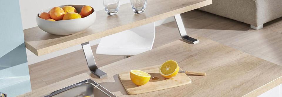 monter un plan de travail cuisine free great with fixer plan de travail mur with monter un plan. Black Bedroom Furniture Sets. Home Design Ideas